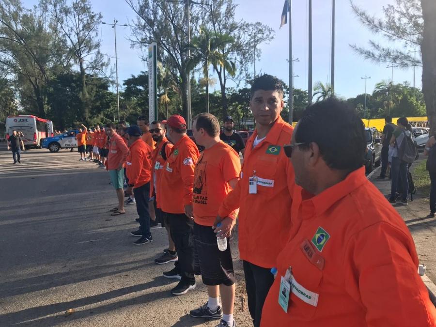 18º dia: Petroleiros reafirmam legitimidade da greve e seguem mobilizados em mais de 120 unidades da Petrobrás