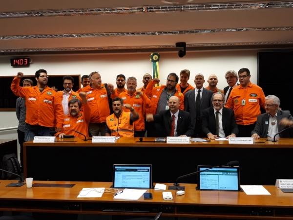 Câmara debate importância das refinarias para o País